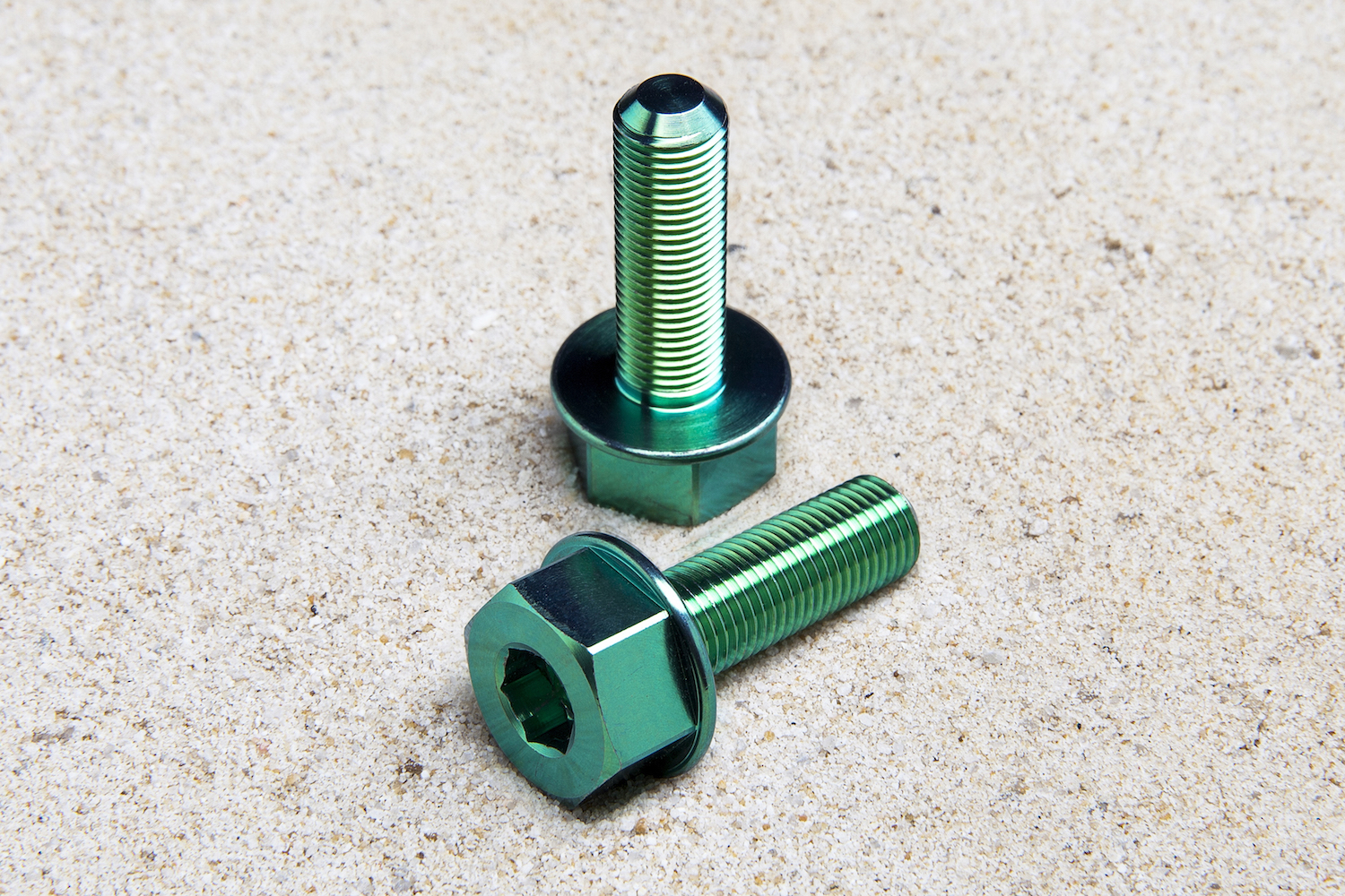 Impurity Ti Female Hub Bolts, 10mm